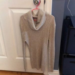 Only WORN TWICE long sleeve T-shirt